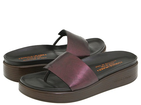 Donald J Pliner - Fifi6 (Vino Antique Metallic) - Footwear