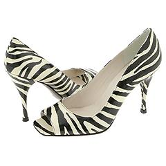 Linda from Stuart Weitzman     Manolo Likes!  Click!