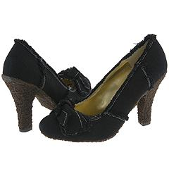 Matiko Ripper (Black Canvas) - High Heel Dress Shoes :  black heel canvas shoes