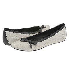 احذية رائعة ..... 2990-388356-d
