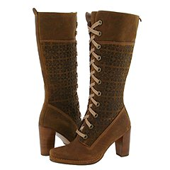 If there's one thing a lady needs it's shoes and if you're putting together a Steampunk outfit then you need to find that perfect Steampunk shoe or boot