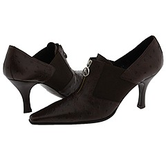 Manolo says, if you are looking for the bargain on the classic shoe that will quickly become the staple of your wardrobe, the Viana from Donald J. Pliner in