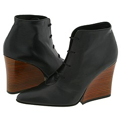 Trendy by Robert Clergerie    Manolo Likes!  Click!