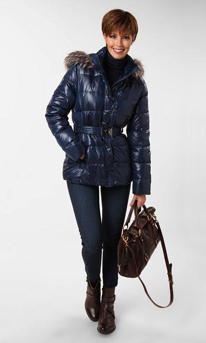 Zappos.com Ensemble: Classic Woman Outfit 2