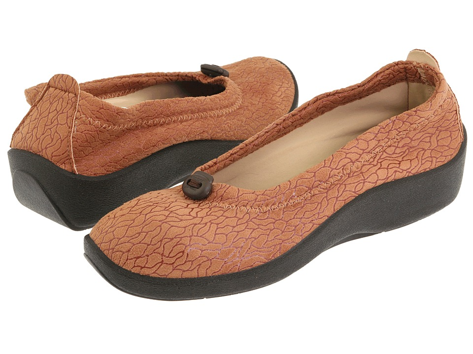Arcopedico L14 Camel Womens Flat Shoes