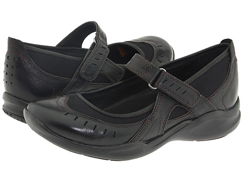 Clarks Wave.run | Women's - Black Leather - FREE SHIPPING at OnlineShoes.com