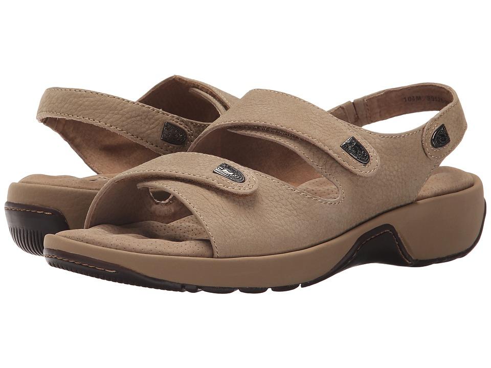 SoftWalk Bolivia (Sand Tumbled Nubuck) Sandals