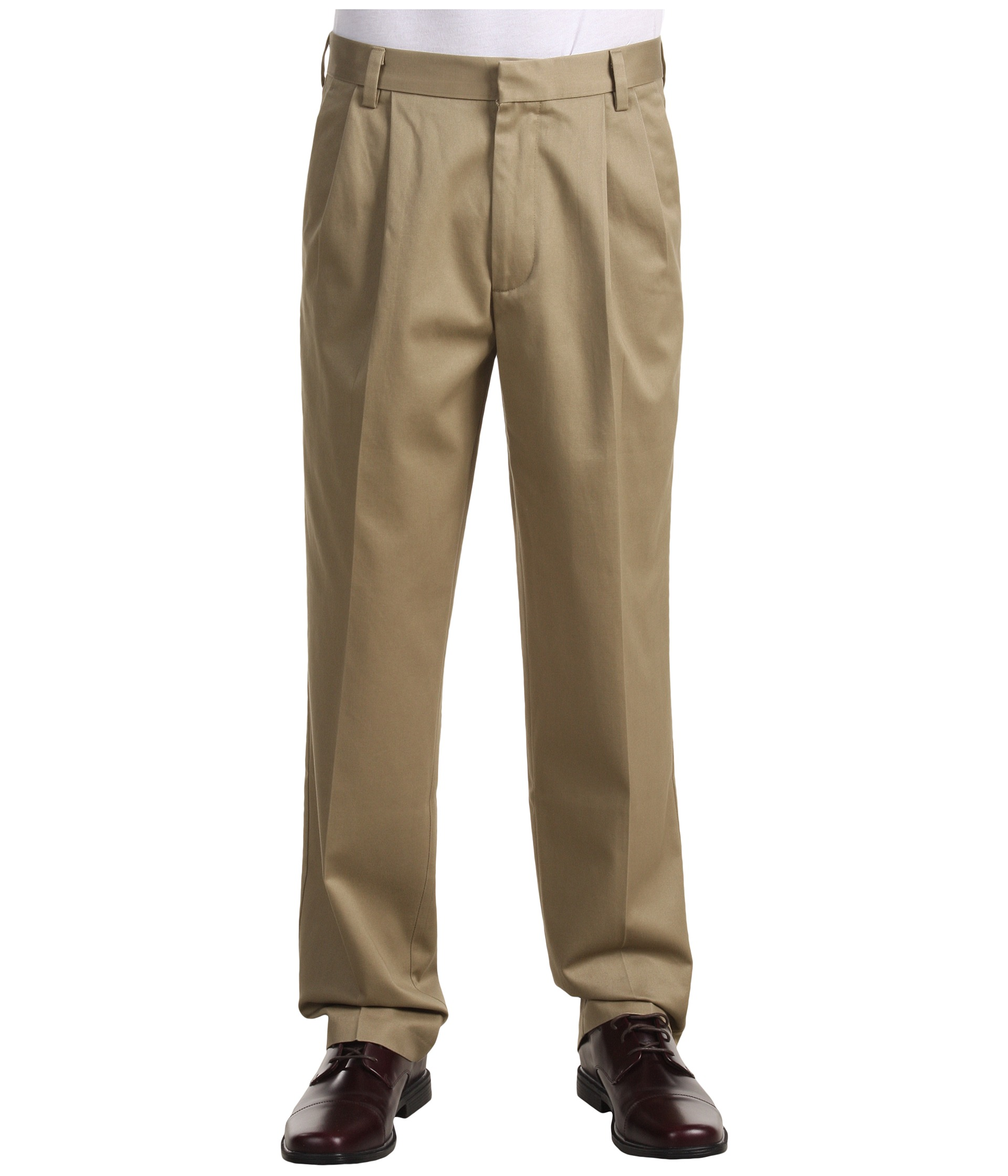 Dockers Men's Signature Khaki D3 Classic Fit Pleated - Zappos.com ...
