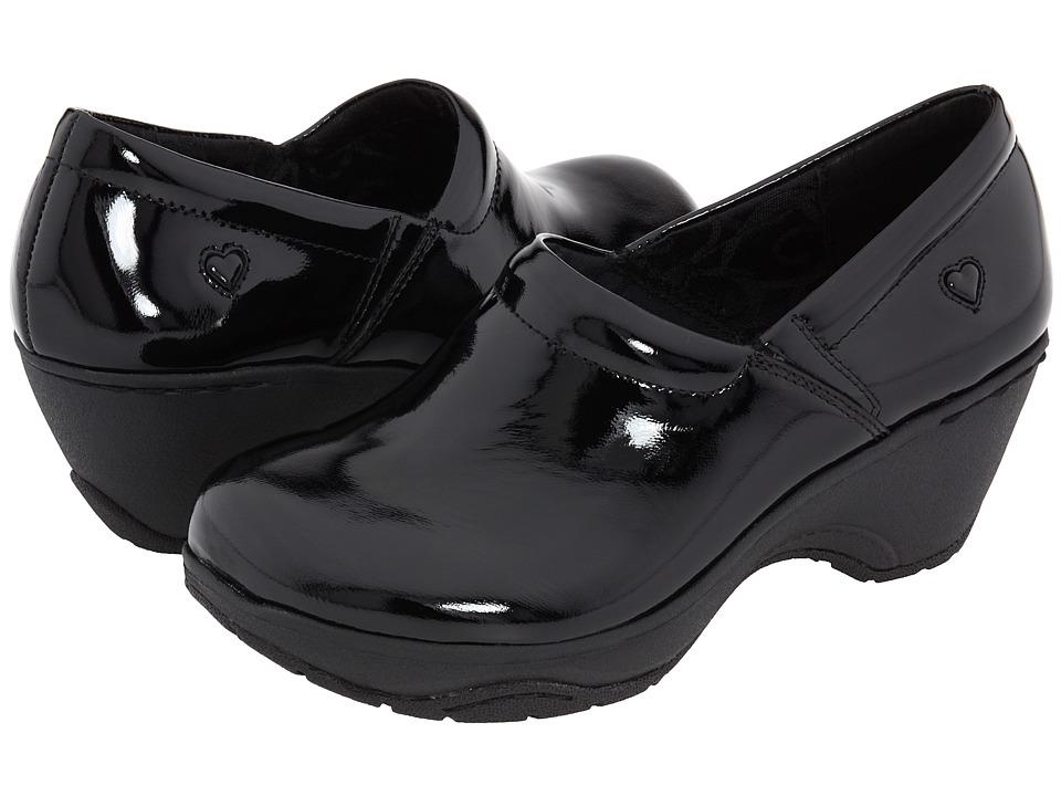 Nurse Mates Bryar Black Patent Womens Clog Shoes