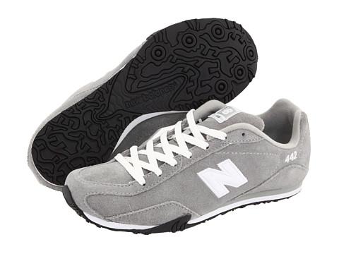 New Balance Classics - CW442 (Light Grey) Women's Classic Shoes