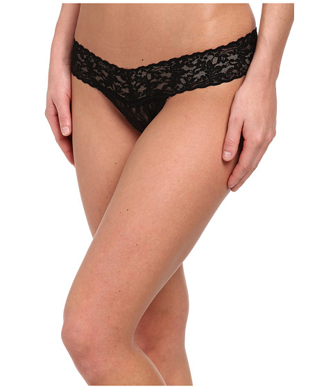 Hanky Panky Petite Signature Lace Low Rise Thong - Black