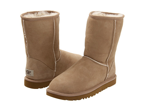 UGG - Classic Short (Sand) Women's Pull-on Boots