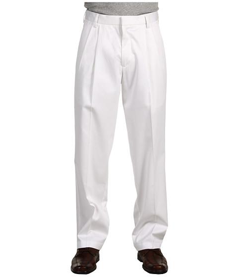Dockers Men's Signature Khaki D3 Classic Fit Pleated
