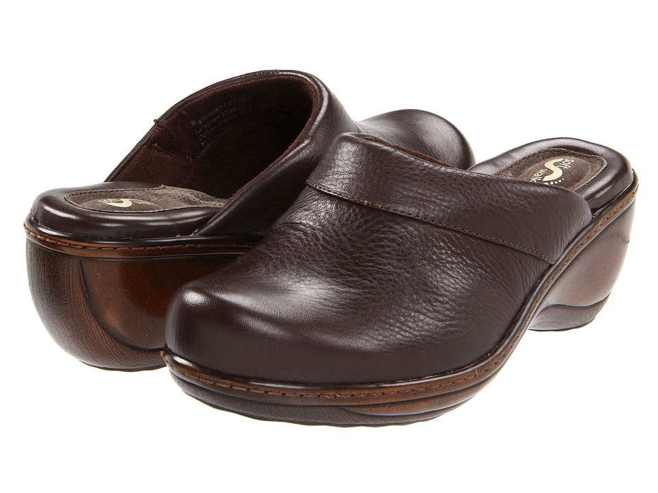 SoftWalk Murietta Dark Brown Soft Tumbled Leather Womens Clog Shoes