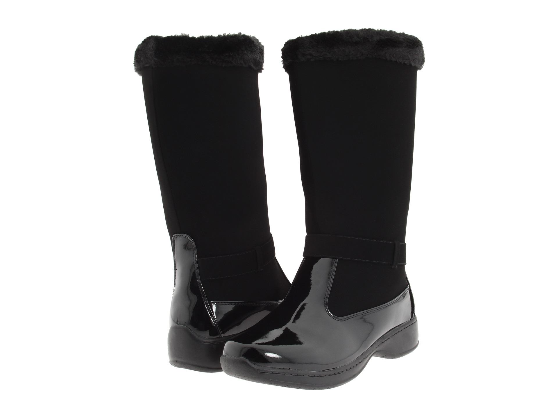 tundra boots at zappos