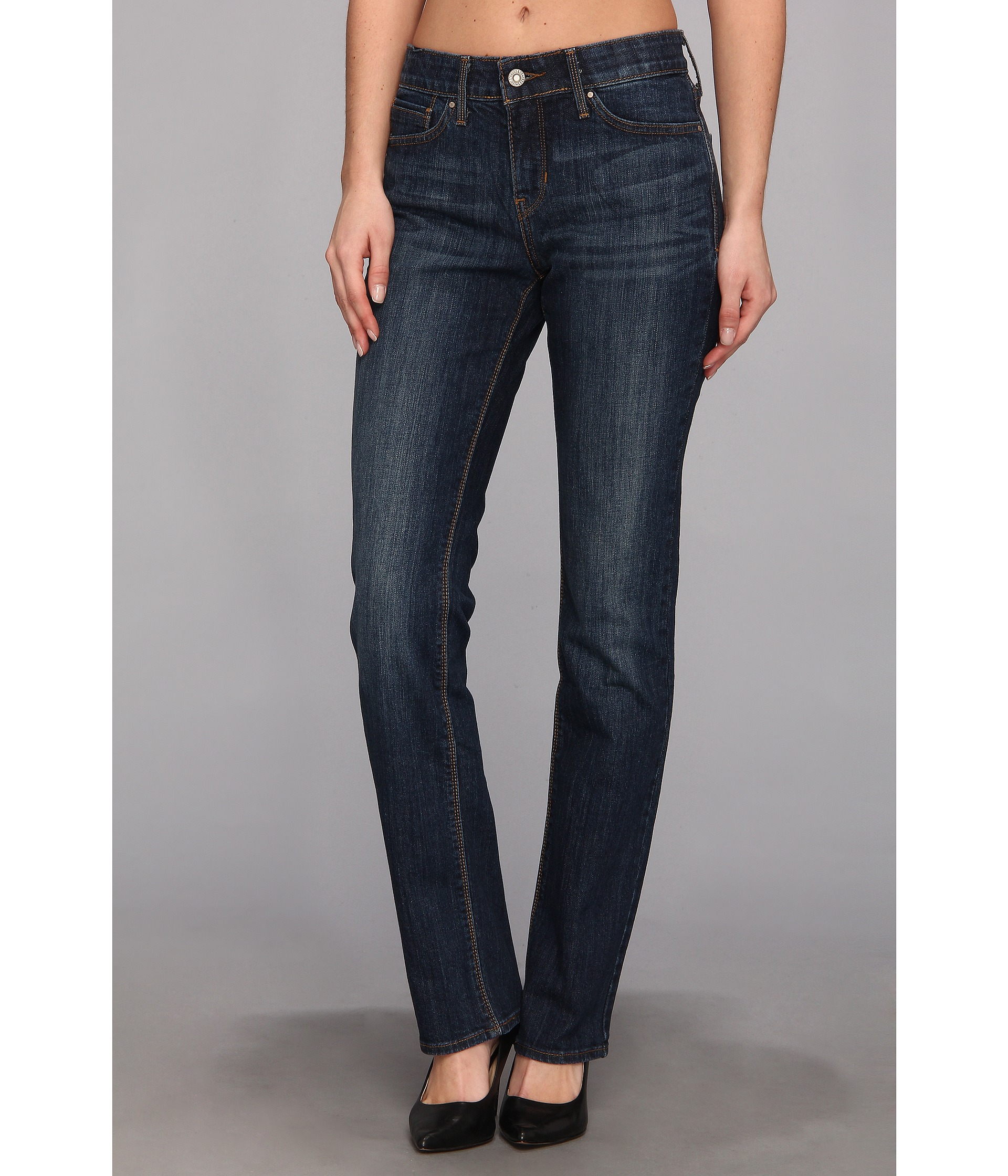Shop Perfect Curves Jeans at Express. The best jeans for curvy women flatter your shape to perfection. Defining your waist, elongating your legs, and hugging your curves, these jeans do it all. Finding the best jeans for your shape can be tough, so go to Express to find our favorite jeans to fit your figure.