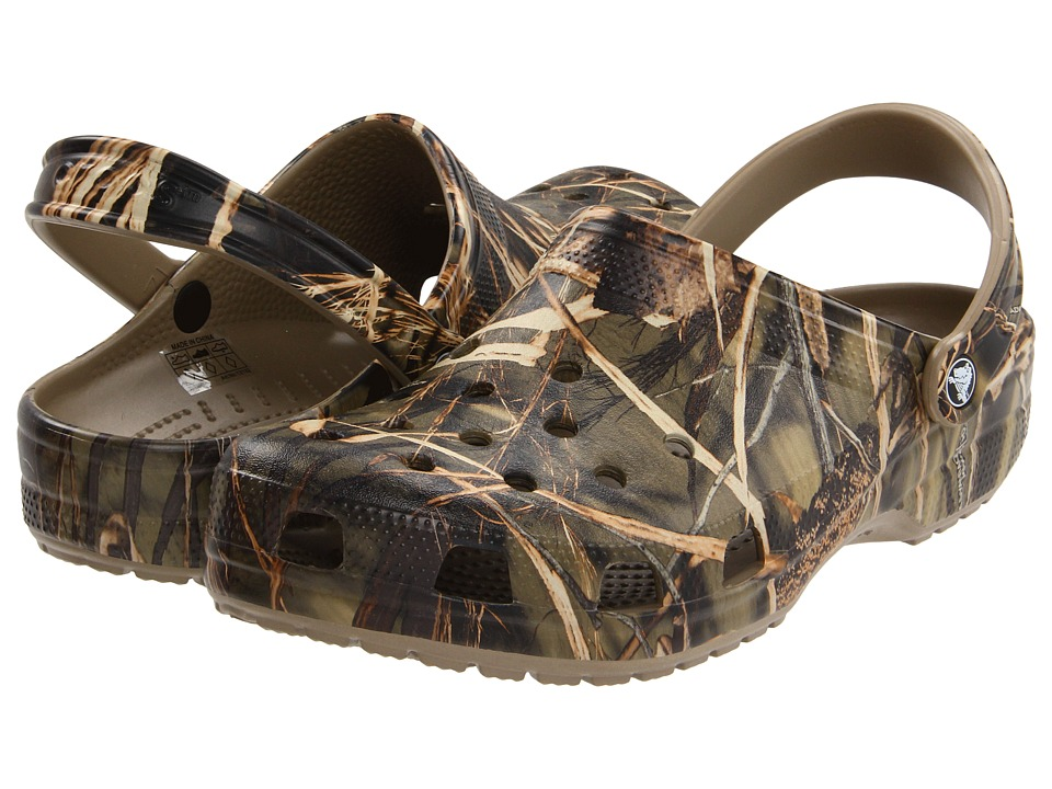Crocs - Classic Realtree(r) V2 (Khaki) Shoes