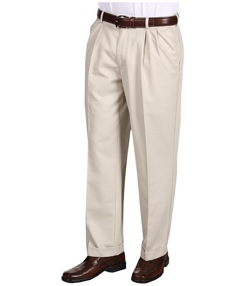 Dockers Men's Comfort Waist Khaki D3 Classic Fit Pleated