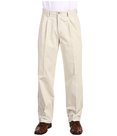 Dockers Men's Easy Khaki D3 Classic Fit Pleated Pant