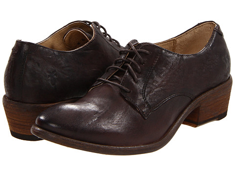 Shop Frye online and buy Frye Carson Oxford Dark Brown Antique Soft Full Grain Shoes - Frye - Carson Oxford (Dark Brown Antique Soft Full Grain) - Footwear: The Carson Oxford gives a traditional look a bit of modern flair. ; Antique full-grain leather upper for a luxurious look and feel. ; Smooth leather lining ; Cushioned leather insoles provide endless comfort. ; Leather-stacked heel. ; Durable leather outsole. Measurements: ; Heel Height: 1 1 4 in ; Weight: 13 oz ; Product measurements were taken using size 6, width B - Medium. Please note that measurements may vary by size.