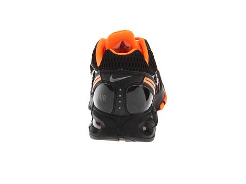 Nike Air Max Antorcha 4 Zapatos Corrientes De Tamaño Los Hombres De Negro Tamaño De Mediano De 7 D 91fbd7