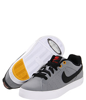 Nike Kids - Court Tour (Youth)