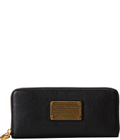 Marc by Marc Jacobs - Classic Q Slim Zip Around