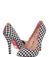 Betsey Johnson - Taylr