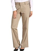 Dockers Petite - Petite The Khaki w/ Hello Smooth