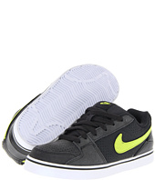 Nike Action Kids - Ruckus Low Jr (Toddler/Youth)