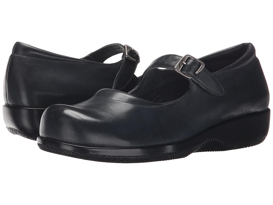 SoftWalk Jupiter Navy Soft Kid Womens Shoes