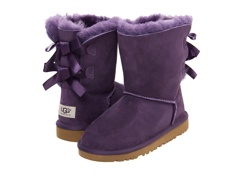 purple uggs with bows in the back on the hunt. Black Bedroom Furniture Sets. Home Design Ideas