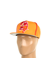 Mitchell & Ness - NFL® Throwbacks XL Logo w/ Double Soutache Snapback - Tampa Bay Buccaneers