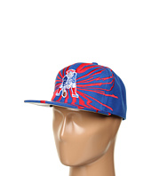 Mitchell & Ness - NFL® Throwbacks Earthquake Solid Snapback - New England Patriots