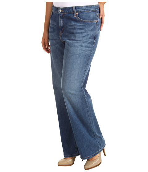 Levi's   Plus - Plus Size 590 Fuller Waist Boot Cut (Valley Blues w/ Flap) - Apparel