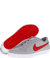 Nike Action - Mavrk Canvas