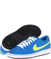 Nike Kids - Brutez Plus (Youth)