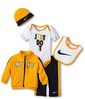 Nike Kids - Nike® 5 Pc. Gift Set (Newborn)