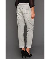 Calvin Klein Jeans - United Dragon Slim Boyfriend in Grey