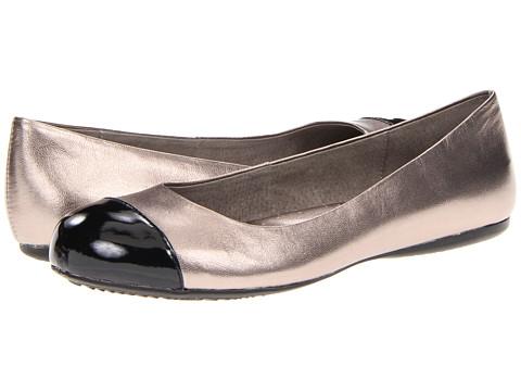 SoftWalk Napa (Soft Pewter/Black Soft Metallic Leather/Patent Man Made) Women's Flat Shoes