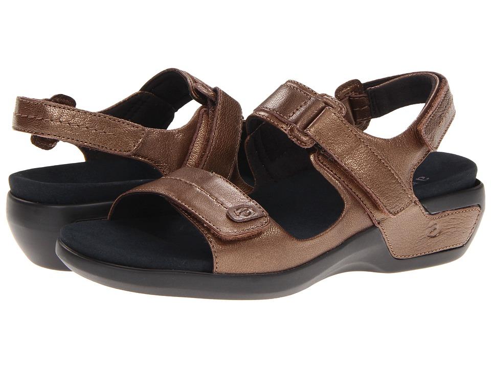 Aravon Katy (Bronze Leather) Sandals