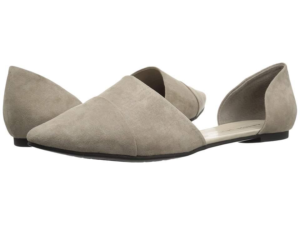 Chinese Laundry Easy Does It Flat (Taupe Suede) Women