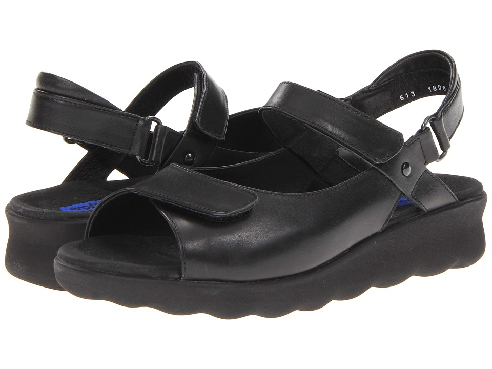 Wolky Pichu Black Leather Womens Sandals