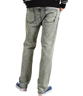 DC - Straight Fit Jean in Black Acid