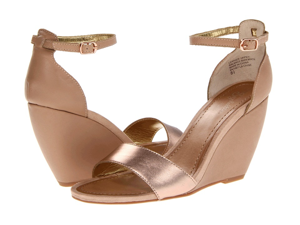Seychelles Thyme (Rose Gold) Women's Wedge Shoes