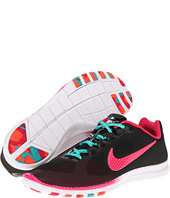 Nike - Free Advantage Printed Polka Dots