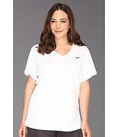 Nike - Extended Regular Legend S/S V-Neck Top
