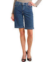 NYDJ - Helen Short in Medium Wash