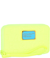 Marc by Marc Jacobs - Dreamy Logo Neoprene Wingman