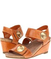 Taos Footwear - Carousel